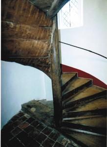 Spindeltreppe mit Keilstufen