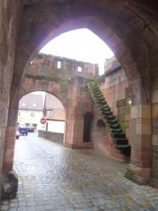 Wolframs-Eschenbach, Vorwerk des Oberen Tors (1463)