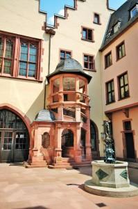 Renaissance- Treppenturm im Römerhöfchen