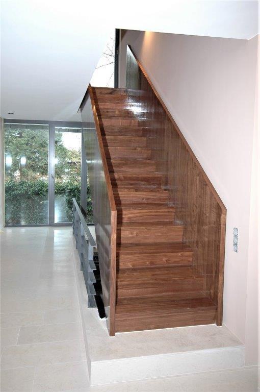 gestemmte treppen treppenforschung. Black Bedroom Furniture Sets. Home Design Ideas