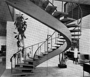 Eine gewundene Treppe in einem Brüsseler Hotel